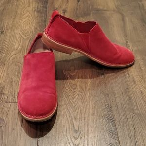 Mens Ugg Red Suede Oxford Slip On